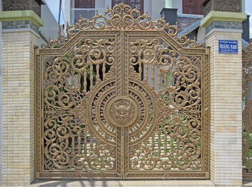 cửa sắt sơn tĩnh điện